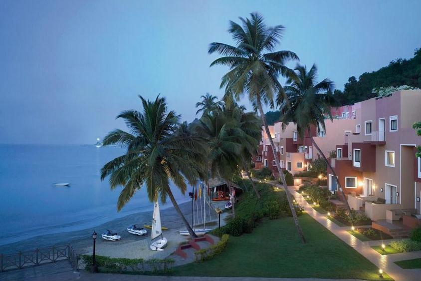 Cidade De Goa | Book Goa Luxury Honeymoon Packages | Goa