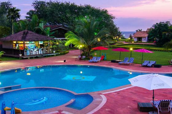 La Calypso -Pool
