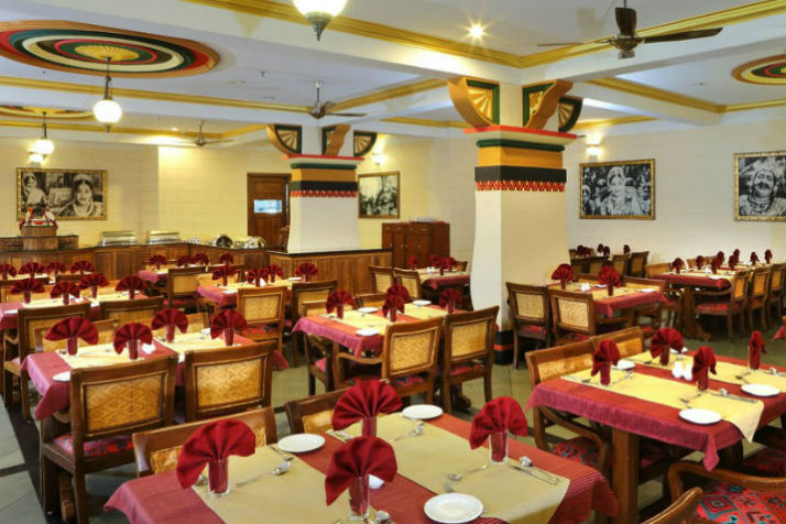 Silver Tips_Restaurant