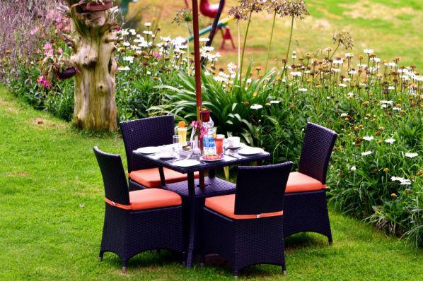 Sinclairs_Garden Sitout