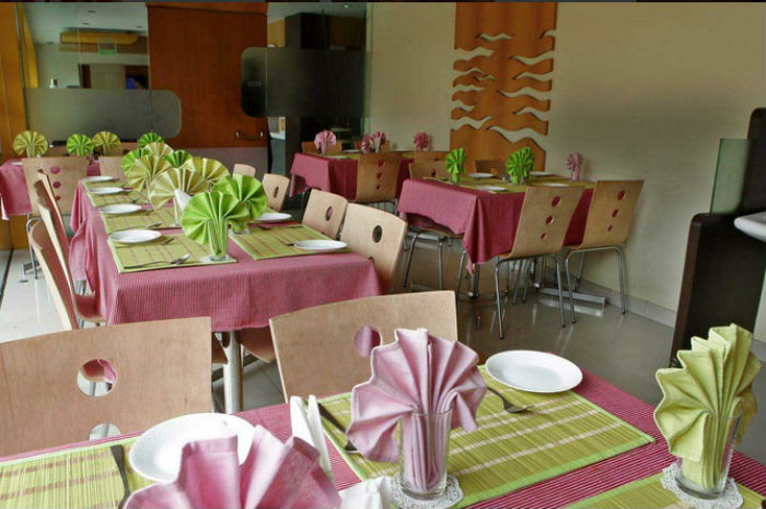 Meadows_Restaurant