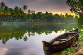 Alleppey Boat