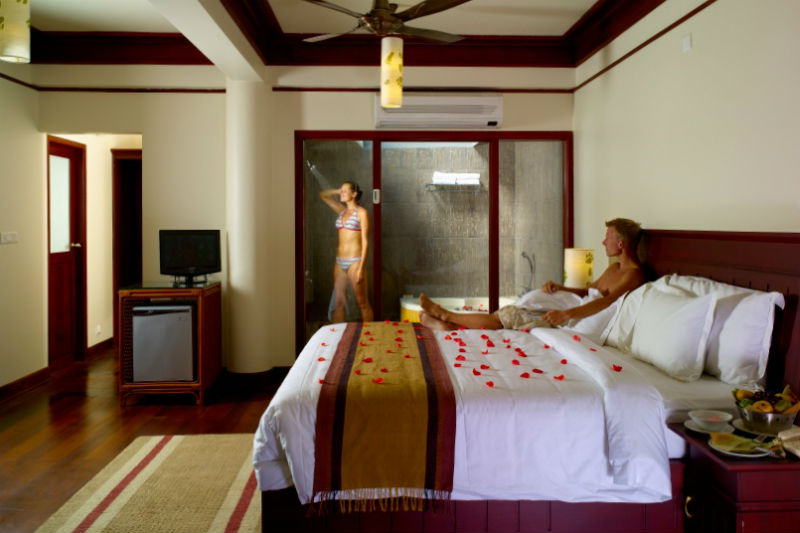 Honeymoon Hotels Indianapolis Travel Guide